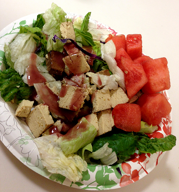 vmflunch1salad1 Work Day Lunch Share 1